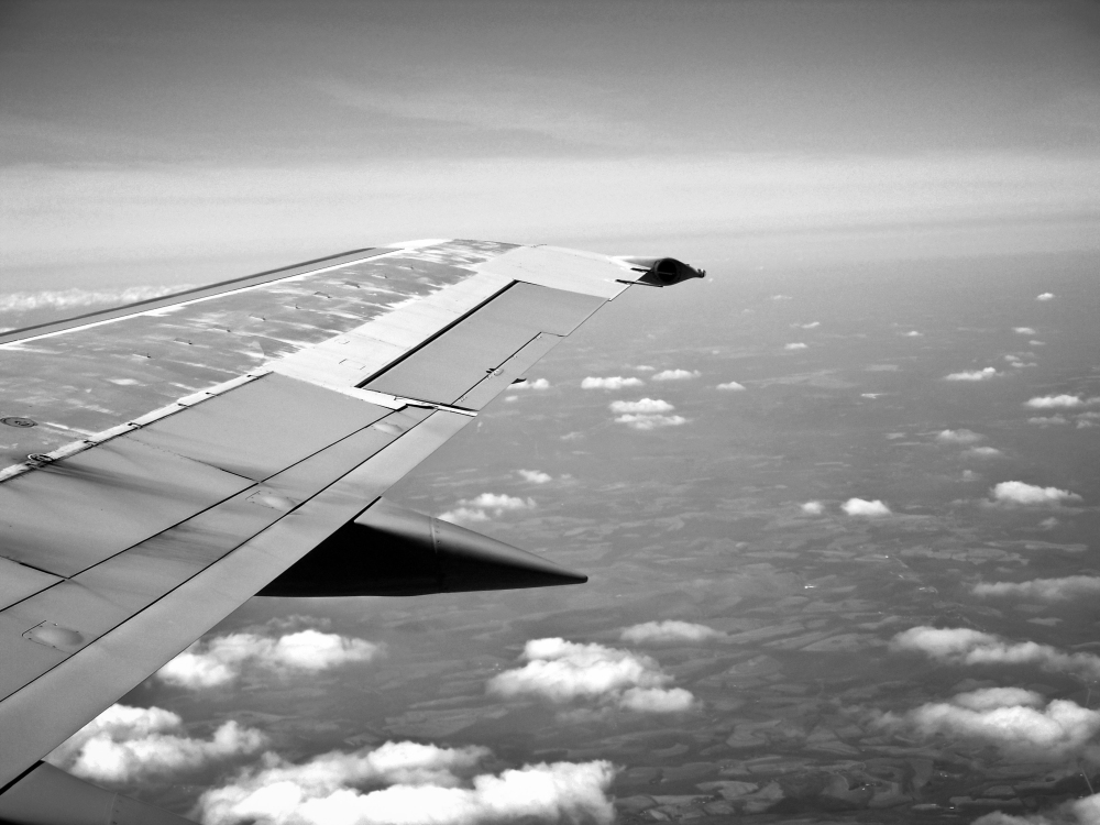 black-and-white-sky-flying-holiday.jpg